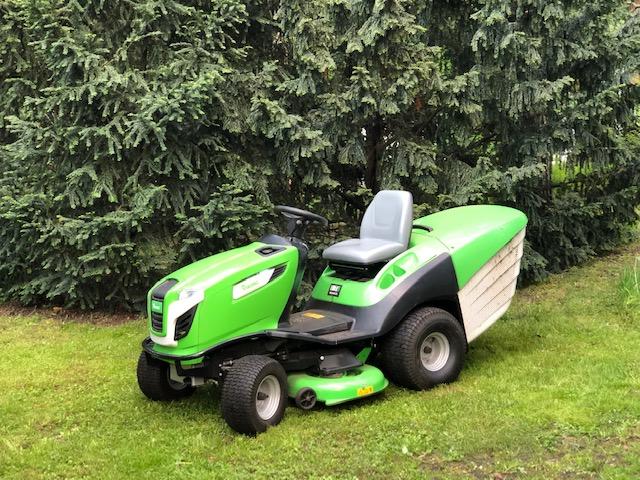 Haus und Gartenpflege mit den richtigen Maschinen auch große Flächen reinigen